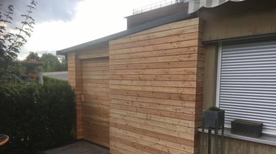 Carport, mit Schiebetüre & Schließmechanismus natürlich aus Holz !